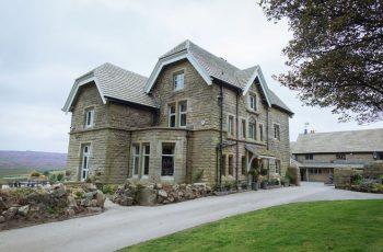 Moscar Lodge exterior